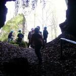 Birresborner Eishöhlen Blick von innen nach außen